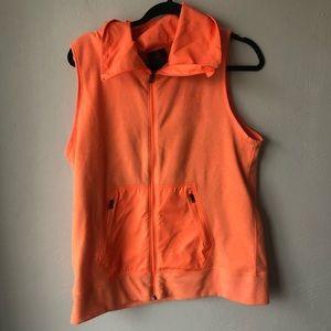 under armour survivor hybrid vest orange
